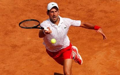 Roma, Djokovic vola ai quarti: Krajinovic ko