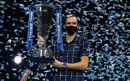 Medvedev 'maestro' a Londra: Thiem ko in finale