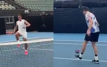 Nadal-Sinner, non solo tennis: giocano a calcio