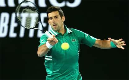 Djokovic, debutto sul velluto. Bene Thiem e Zverev