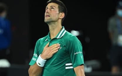 Djokovic non sbaglia: 9^ finale a Melbourne