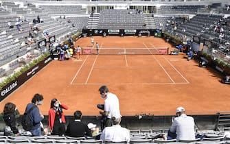 Foto Fabrizio Corradetti - LaPresse 13/05/2021 Roma ( Italia) Sport Tennis 3° turno Novak Djokovic (SRB) vs  Alejandro Davidovich Fokina (ESP) Internazionali BNL d\'Italia 2021 Nella foto: rientro del pubblico agli incontri  Photo Fabrizio Corradetti - LaPresse 13/05/2021 Roma (Italy) Sport Tennis 3nd round Novak Djokovic (SRB) vs  Alejandro Davidovich Fokina (ESP) Internazionali BNL d\'Italia 2021 In the pic: public at tennis matches