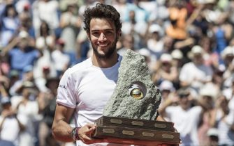 epa06917429 Matteto Berrettini of Italy poses with his trophy after winning the final match against Roberto Bautista Agut of Spain at the Swiss Open tennis tournament in Gstaad, Switzerland, 29 July 2018.  EPA/PETER SCHNEIDER