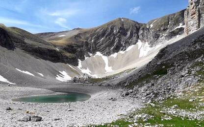 Scende livello lago Pilato, allarme uova chirocefalo