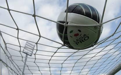 Pugno all'arbitro a fine gara, Daspo per calciatore