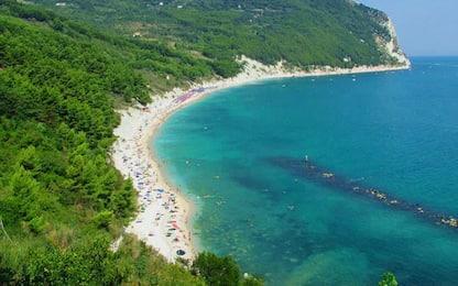 Ferragosto: Ancona, app posto lido anche durante settimana