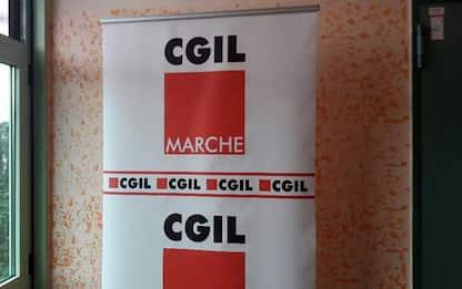 Lavoro: Cgil, 'primato' Marche per lavoro usa e getta