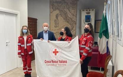 Croce rossa: Marche, vessilli sventolano davanti a Comuni