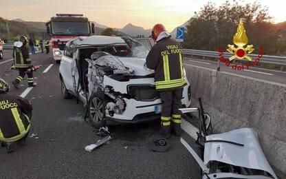 Incidenti stradali: schianto in SS76, feriti