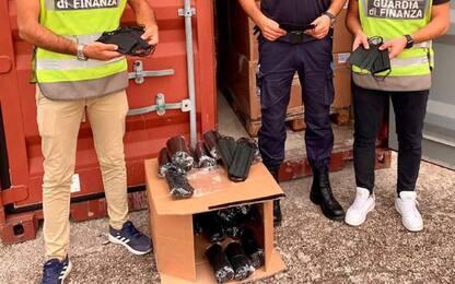 Porto Ancona, sequestro 280mila mascherine senza marchio CE