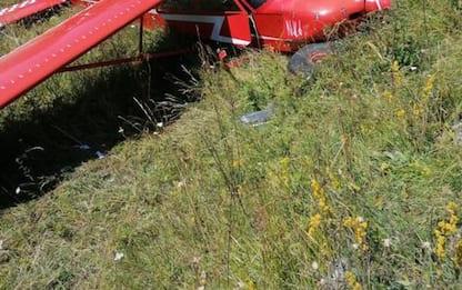 Incidenti aerei: ultraleggero fuori pista a Chamois
