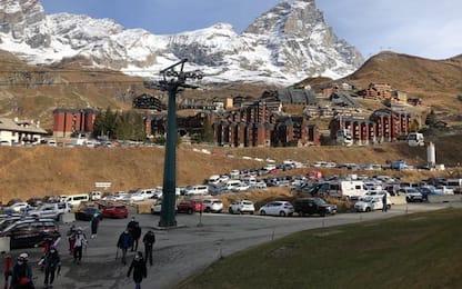 Seconda giornata sci a Cervinia, niente code e afflusso regolare