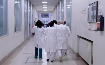 Covid, sospesi 21 medici valdostani non vaccinati