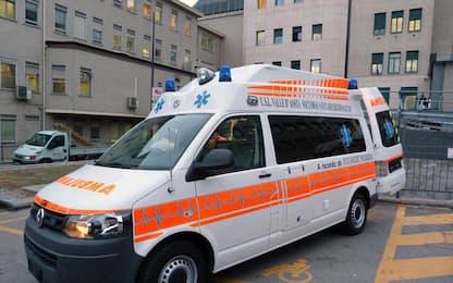 Cadavere uomo con corda al collo, polizia indaga ad Aosta
