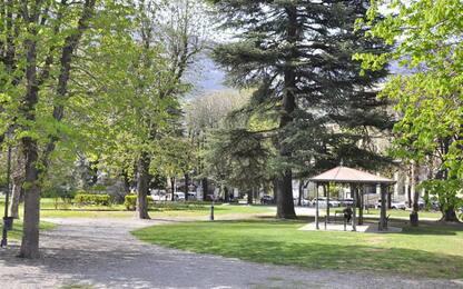 Fratelli d'Italia, presidio giardini davanti stazione Aosta