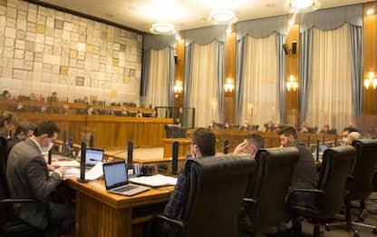 Consiglio Valle straordinario, opposizioni abbandonano aula
