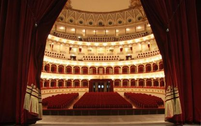 Teatri: Petruzzelli riapre le porte, tornano visite guidate