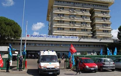Covid: parenti, in ospedale Taranto rubati oggetti ai morti