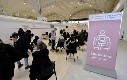 Vaccini: Puglia apre a over 60, si parte domani da 79enni