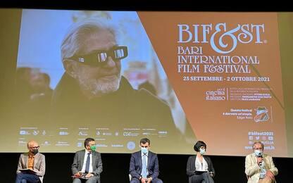 Cinema: il Bif&st premia Helen Mirren e Roberto Faenza