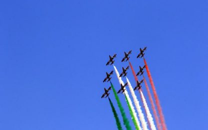 Le frecce tricolori sorvolano Bologna venerdì 29/5 alle 15