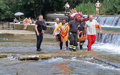 Ragazzo incastrato in fiume nel Bolognese, salvato da Vvf