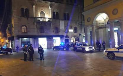 Reggio Emilia, sparatoria nel centro storico, cinque feriti