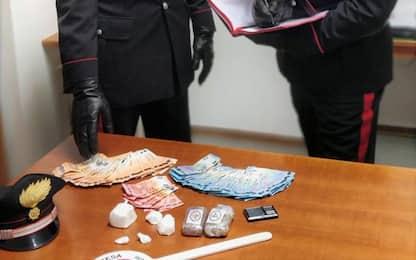 'Drive in' della droga nel Bolognese, un arresto
