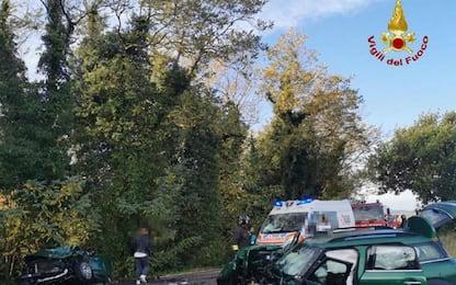 Scontro tra auto nel Bolognese, grave un bambino