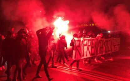 Dpcm: a Bologna corteo di ultras, slogan contro il Governo