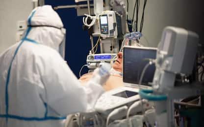 Covid: record di contagi in E-R, oltre 3mila nuovi casi