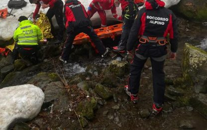 Scivola durante escursione in Appennino, ferita 51enne