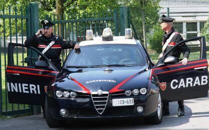 Tamponano auto e investono una ragazza, arrestati a Ravenna