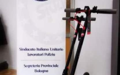 Polizia: sindacati fornisce monopattini ad agenti