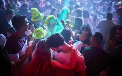 Covid: a Rimini riaprono le discoteche, 'rispettare regole'