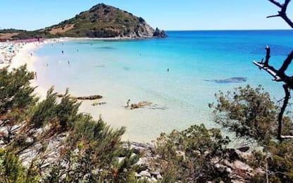 Chiuso uno degli accessi a spiaggia Cala Pira, polemiche web
