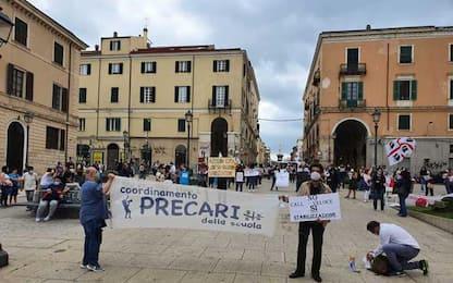 Scuola: a Sassari la protesta dei docenti precari