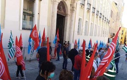 Sciopero trasporti, sindacati in piazza e adesione massiccia