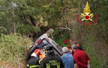 Si ribalta fuoristrada, muore 55enne a Meana Sardo