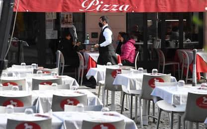 Covid: Sardegna, verso stop bar alle 20 e ristoranti alle 23