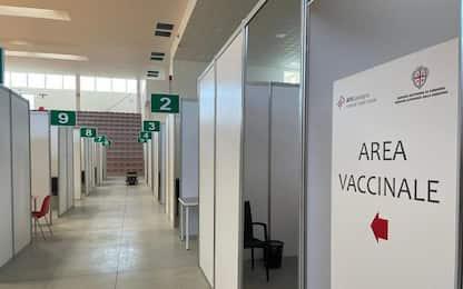 Vaccini: Sardegna ultima con Sicilia, 9.650 dosi in 24 ore