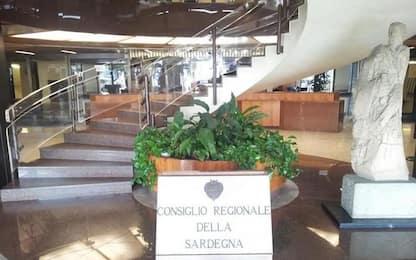 Giornata fibromialgia, Consiglio regionale si colora di viola