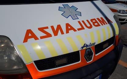 Auto vola giù dal ponte, un morto e un ferito nel Sassarese