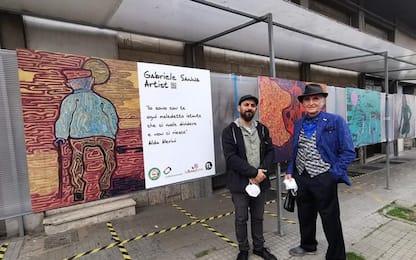 """""""Omaggio alla marginalità"""", l'arte per schermare l'indigenza"""