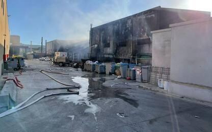 Vasto incendio a Sassari, fiamme domate e via alla bonifica