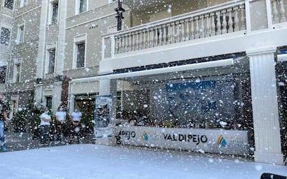 Neve a Cagliari per lancio della stagione turistica di Pejo