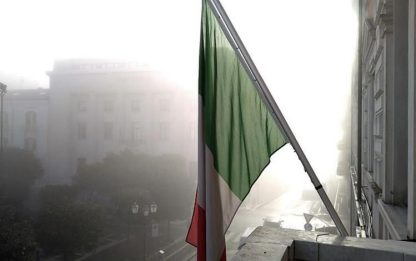 Congo: Campobasso, bandiera a mezz'asta a palazzo di città