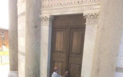 Torre di Pisa riapre, padre e figlia primi visitatori