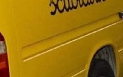 Scuolabus lo investe, morto bimbo di 4 anni