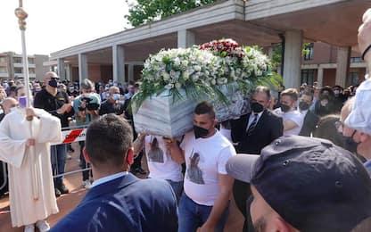 """Vescovo a funerali Luana: """"Troppe morti sul lavoro,cose cambino'"""